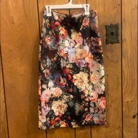New York & Company Dresses & Skirts - Ny&CO NWT floral pencil skirt